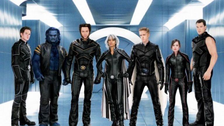 director bryan singer confirms cast returns for x men apocalypse