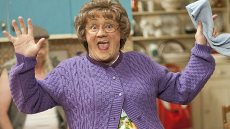 """""""That's Nice"""" - Mrs Brown D'Exhibition Comes To Dublin Ahead Of Film Release"""