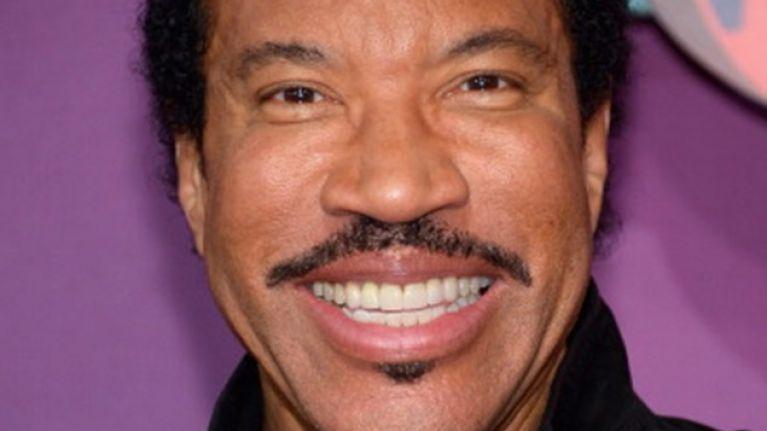 Lionel Richie Confirmed For Glastonbury 2015