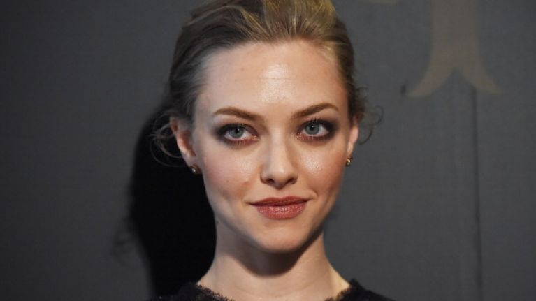 PIC: Amanda Seyfried Reveals Dramatic New Hairstyle In ...