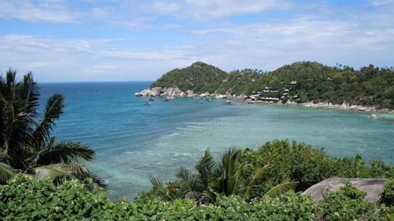 UPDATED: Two Tourists Found Dead On Thailand Beach