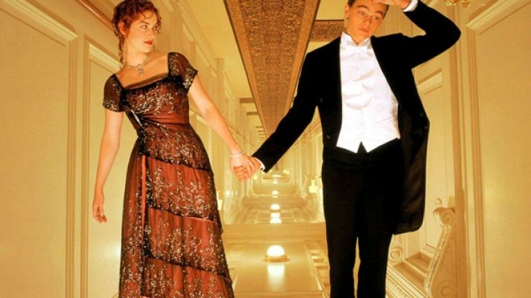 GALLERY - Besties Leo And Kate, Amazing Pictures From Behind-The-Scenes Of Titanic