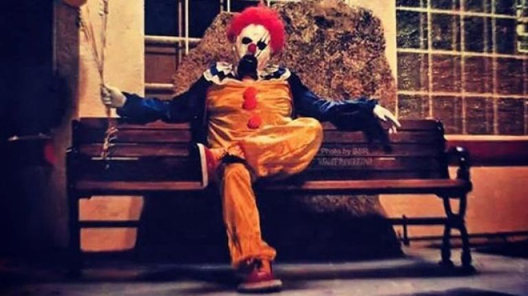 If You Are Afraid Of Clowns, Look Away Now: Dozens Of Clowns Terrorising Towns in California
