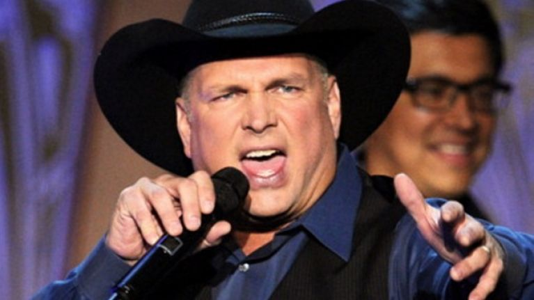 Is Garth Brooks On His Way To Dublin?