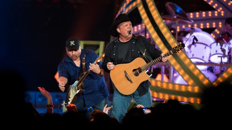 That Garth Brooks gig may FINALLY happen in Summer 2017