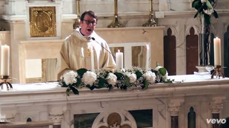 Watch The Singing Priest Is Back With Another Stunning Rendition Of