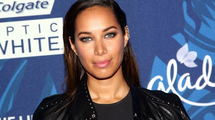 Leona Lewis got married, and her wedding dress was absolutely STUNNING