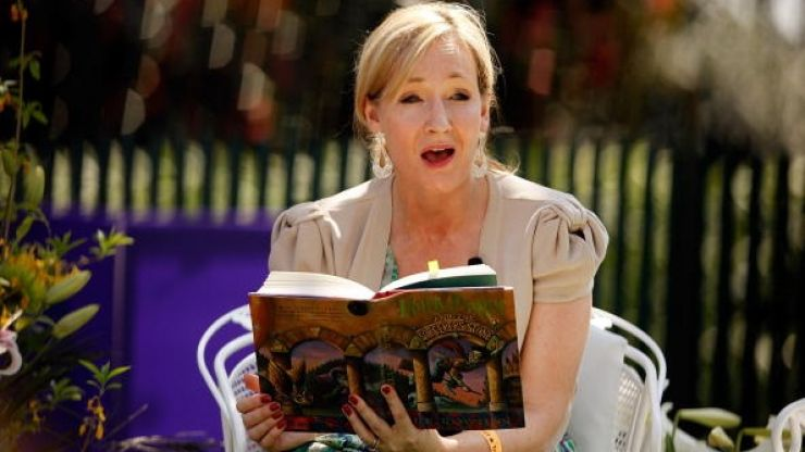 JK Rowling appeals to fans: 'Don't buy stolen Harry Potter prequel'