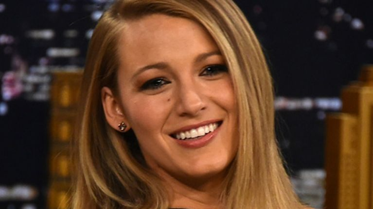 We're swooning over Blake Lively's Galentine's Day outfit