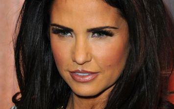Katie Price Denies Pregnancy Rumours with Twitter Snap