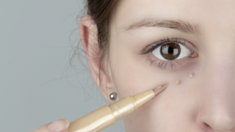 0e135646fb27d3 These Are The Three Things Causing Dark Circles Under Your Eyes | Her.ie