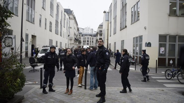 Gunshots Fired At Petrol Station Where Charlie Hebdo Suspects Were Spotted