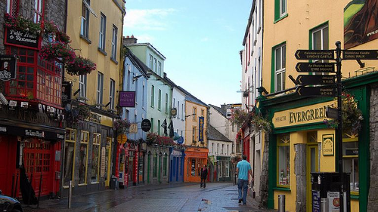 A quoi ressemble notre village. Galway-quay-street