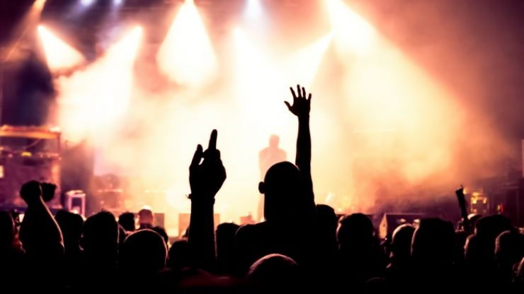 10 Things... That Drive Us Absolutely Crazy At Gigs
