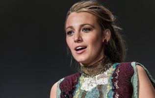 Blake Lively Debuts A Super Curly Bob Hairstyle