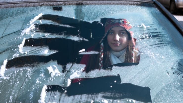 This is the best way to defrost your windscreen