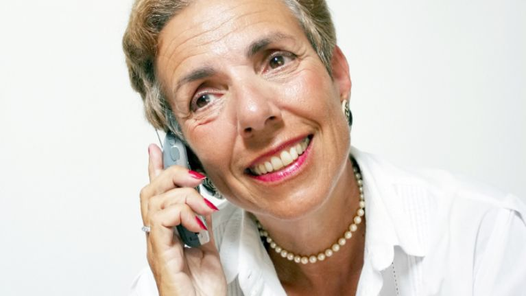 7 Incredibly Mundane Reasons Why Your Mam Will Ring You