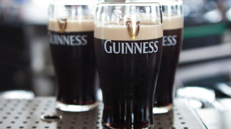 """""""Alcohol curfew"""" to stop takeaway pints considered by government"""