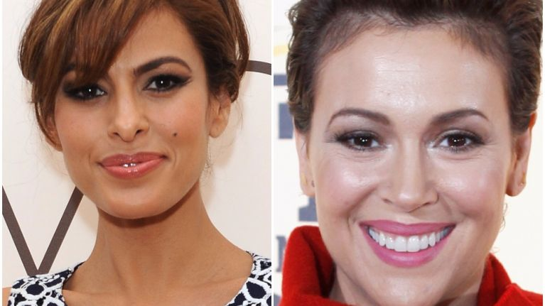 Eva Mendes getting Alyssa Milano's autograph may be the most 80s thing we've ever seen