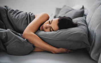 The way you sleep could determine what dreams you have