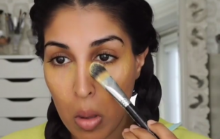 Apparently This Kitchen Cupboard Spice Works Brilliantly To Cover Under-Eye Circles