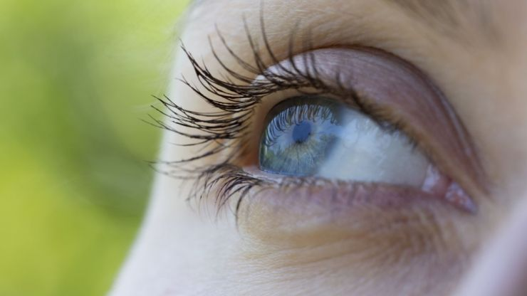 Now We Know What Causes Us To See Those Weird 'Floaters' In Our Eyes