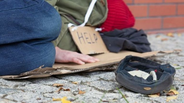 Christmas Helping Homeless.Luas Have Come Up With A Novel Way To Help The Homeless This