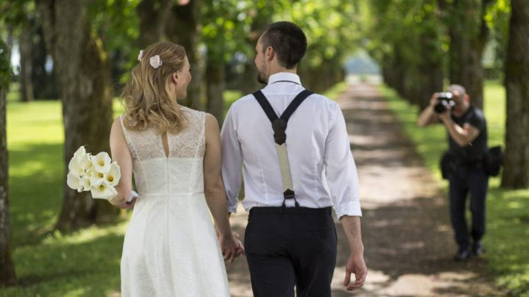 Wedding Photographer Shares Top Tip For Capturing Perfect Newlywed Picture