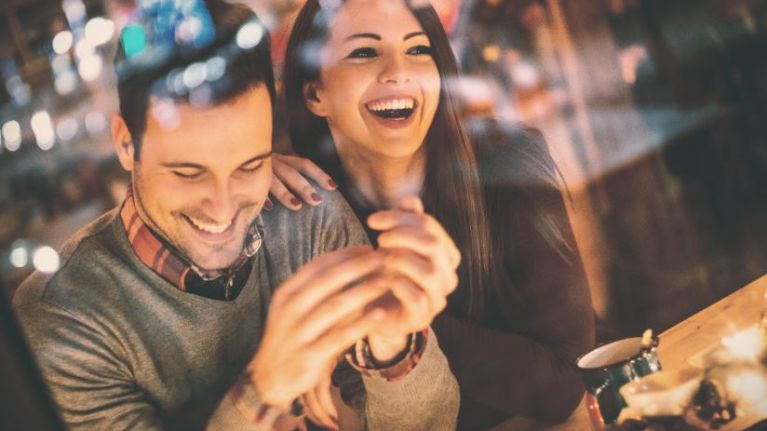 8 alternative date ideas that are much more exciting than dinner and a movie