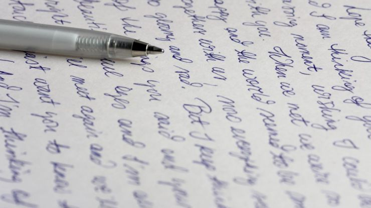 Here's what your handwriting says about you