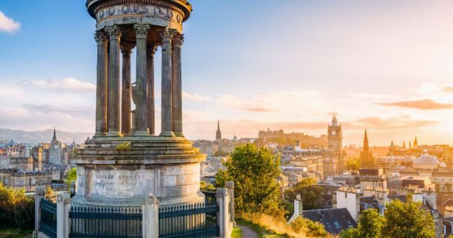 Travel Bucket List Things You Need To Do In Edinburgh Herie - 11 best things to see and do in edinburgh