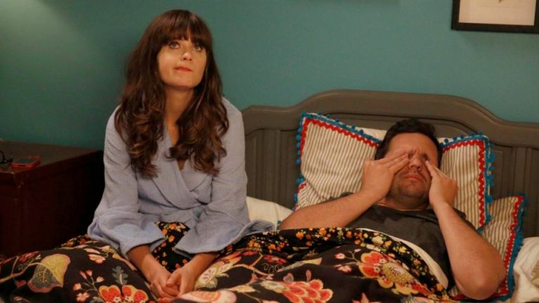 17 funny yet mildly evil things couples do to each other in bed