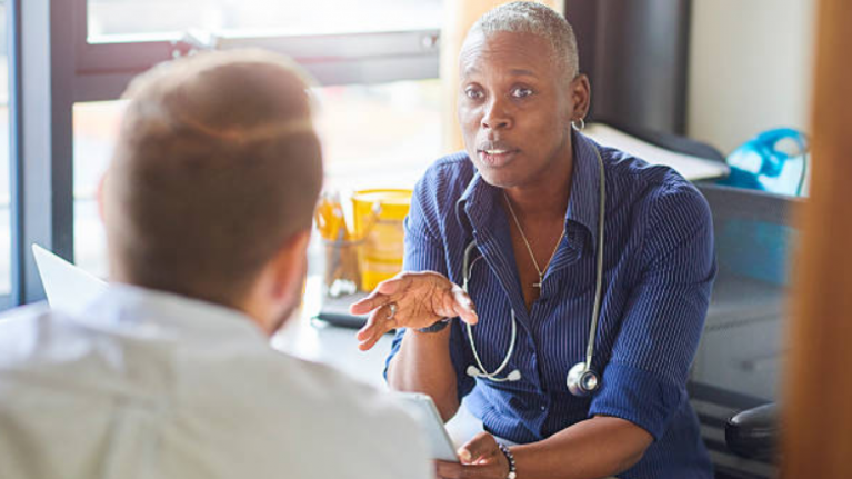 Study finds a major difference between male and female doctors