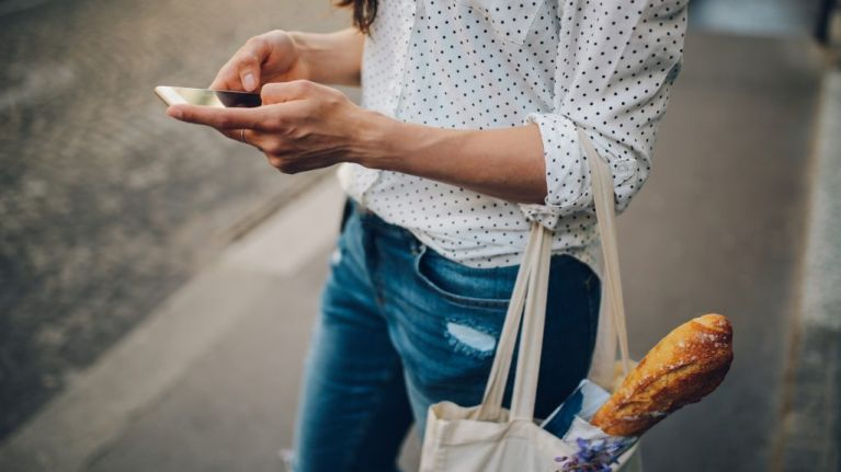 Shop smart: 4 shopping tips to help you save cash