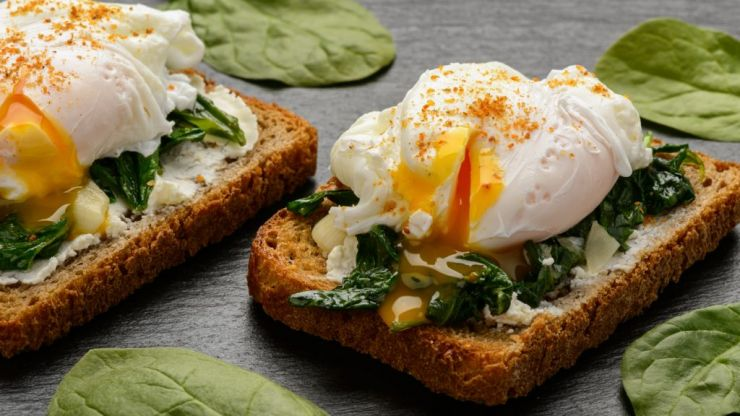 These foolproof microwave poached eggs are ideal if you're on the go