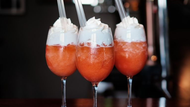 Yum! This Galway pub is selling Super Split ice cream cocktails