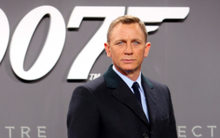 Rejoice! Daniel Craig set to return as James Bond once again