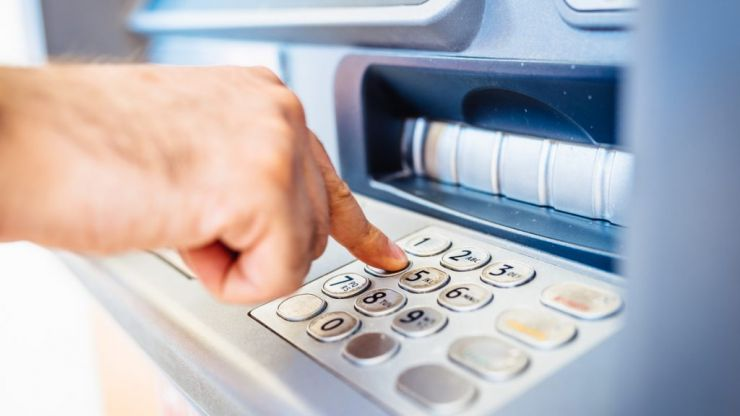 This is how to spot a card-cloning device at your ATM