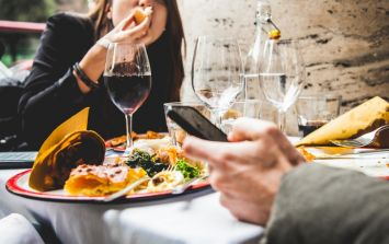 These are the worst habits that Irish people have on dates