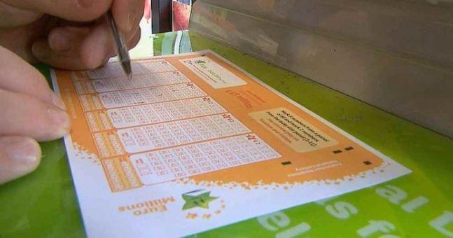 This Irish newsagents has sold its SIXTH winning Lotto ticket