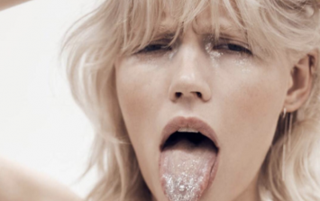 'Glitter tongue' is the latest beauty trend taking Instagram by storm