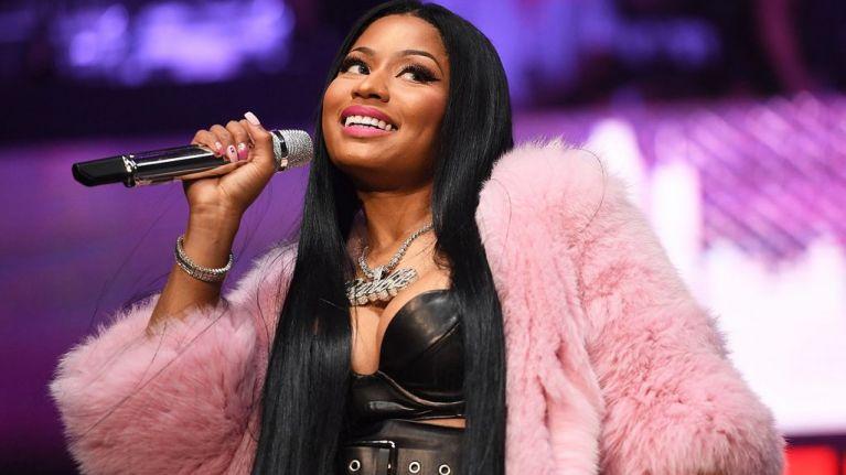 Nude female singers pink — 15