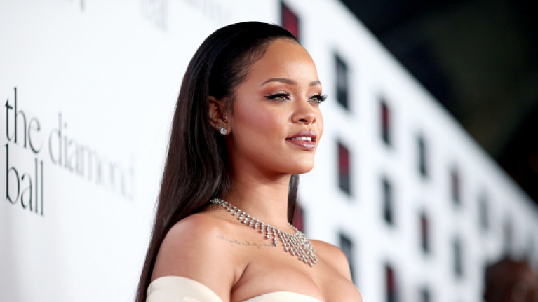 Fans speculate that Rihanna is pregnant after appearance at Diamond Ball