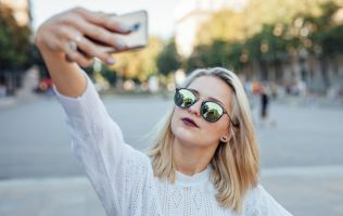Selfies are now five times more deadly than shark attacks