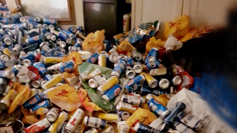 Landlord finds 10,000 beer cans thrown in a room after renters moved out