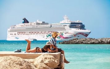 Dream job alert! Get paid to holiday on a cruise ship