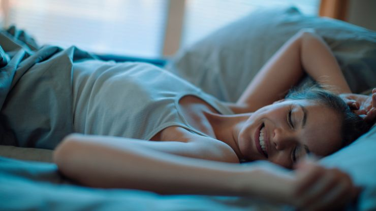 Craving crappy junk food? A good night's sleep is all you need