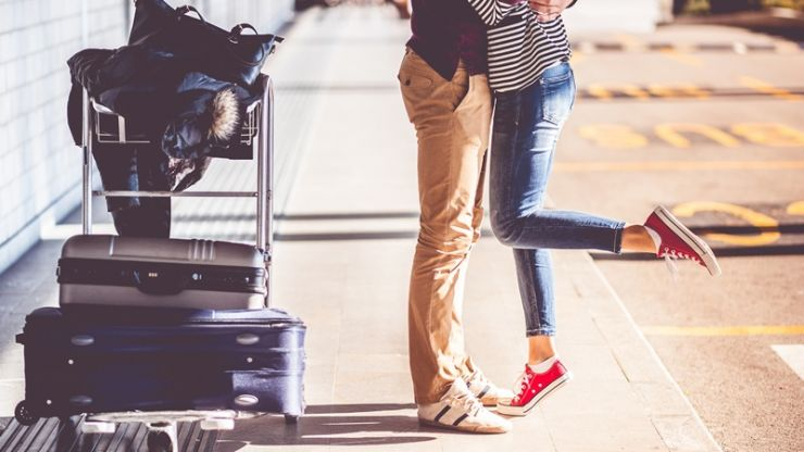This free airport dating app is the Tinder of the skies