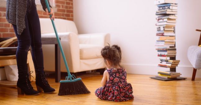 This hilarious mum has created an honest cleaning guide for mums