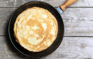 These two ingredient pancakes are super quick to make and don't require sugar